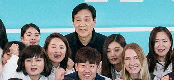 하나금융 후원, 남북청년 '패럴림픽 성공, 평화통일' 합창