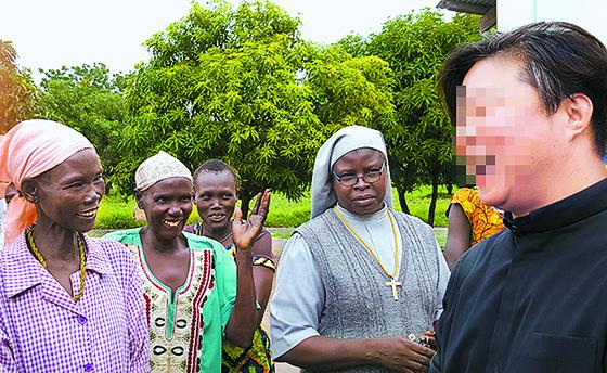 성폭력 가해자로 지목된 한 모 신부. [중앙포토]