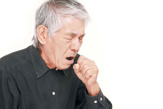 평소 입으로 숨을 쉬게 되면 미세먼지 같은 불순물이 걸러지지 않고 바로 폐로 들어와 폐 기능이 서서히 떨어진다