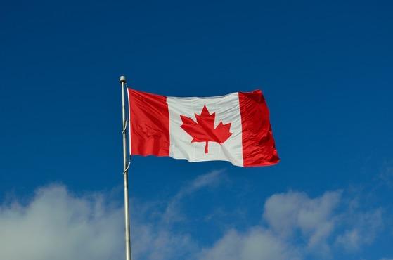 캐나다를 새로운 삶의 터전으로 선택하는 이유는 공평한 사회와 좋은 복지제도가 마련되어 있다는 인식 때문이다. [사진 pixabay]