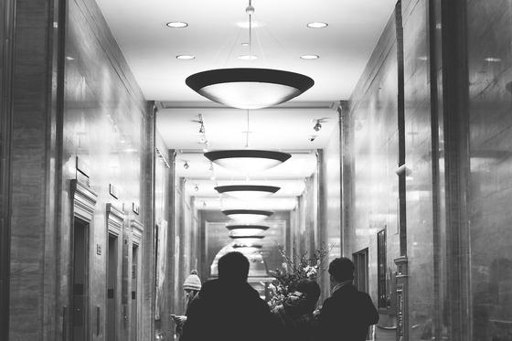 지난겨울 묵었던 서울 시내 호텔에서 이주신 선생님이 연주해준 피아노 음악 '떠날 때는 말없이'를 무한 재생했다. (내용과 연관없는 사진) [사진 pixabay]