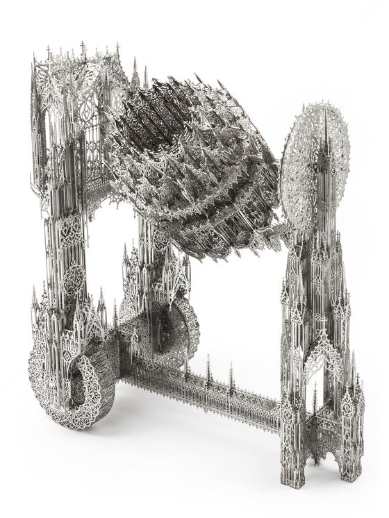 '콘트리트 믹서'(2013), 스테인리스 스틸에 레이저-컷,84.5x45x105cm. 델보예는 2000년대 초반부터 공사장에서 흔히 볼 수 있는 트럭, 콘크리트 믹서(레미콘) 등을 레이저 컷 기술로 섬세하게 제작해왔다. [사진 갤러리현대]