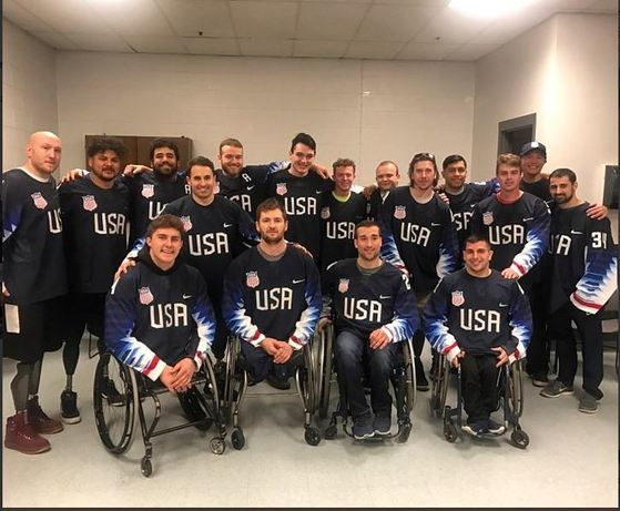 평창 겨울패럴림픽에 출전한 미국 장애인 아이스하키 대표팀. [사진 리코 로만 트위터]