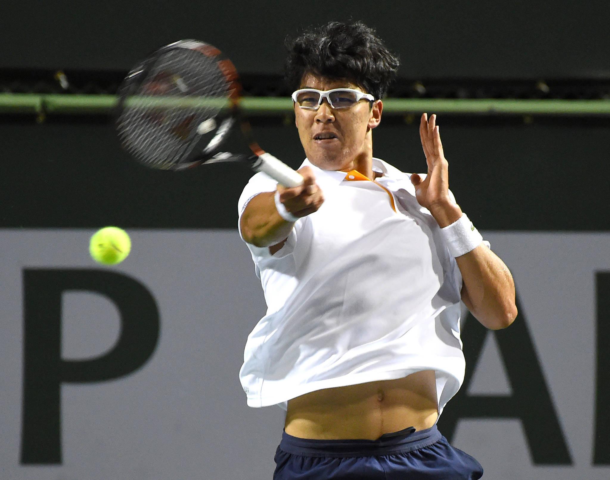 정현이 남자프로테니스(ATP) 투어 BNP 파리바오픈 8강에 올랐다. [AP=연합뉴스]