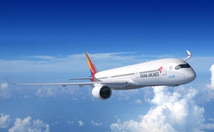 아시아나항공이 도입한 에어버스사의 최신 기종인 A350. [사진 아시아나항공]