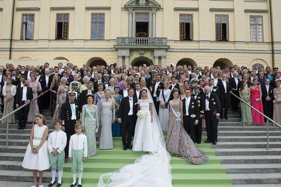 스웨덴 국왕 칼 구스타프 16세의 차녀 마들렌 공주의 2013년 결혼식. 신랑은 영국 출신의 미국 금융인 크리스토퍼 오닐이다. [AFP=연합뉴스]
