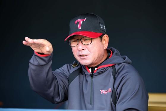 올 시즌 LG 트윈스 지휘봉을 잡은 류중일 감독은 삼성 사령탑 시절(2011~15년) 정규시즌 5회, 한국시리즈 4회 우승을 이끈 명장이다. [오종택 기자]