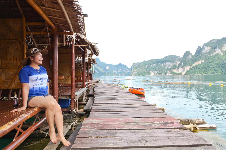 수상가옥에 묵는 사람 대부분은 태국인이다.