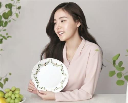 코렐 모델로 발탁된 배우 민효린 [코렐 제공]