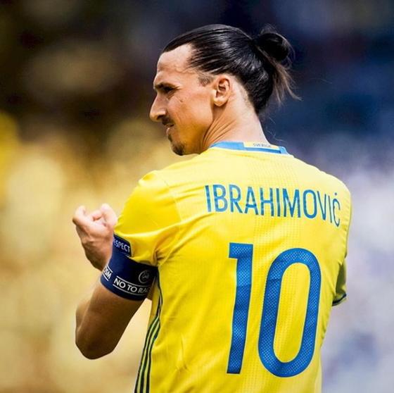 스웨덴 축구대표팀은 즐라탄 이브라히모비치 복귀 문제를 두고 갑론을박이 뜨겁다. [사진 즐라탄 인스타그램]