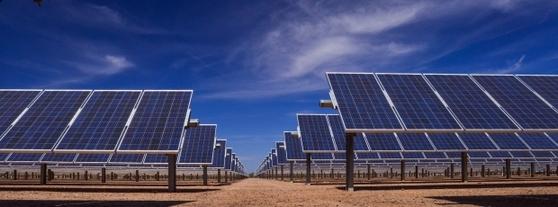 현대중공업그린에너지가 142MW 규모의 모듈을 공급한 미국 애리조나주 태양광발전소(AVSEⅡ) 전경. [사진 현대중공업]