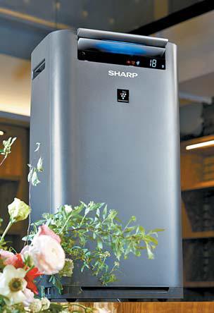 세계에서 가장 많이 팔린 공기청정기로 기네스북에 등재된 샤프 제품.