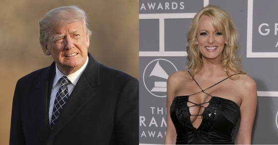 도널드 트럼프 미국 대통령(왼쪽)과 2006년 성관계를 맺었다고 주장한 전직 포르노 배우 스테파니 클리포드. [AP=연합뉴스]