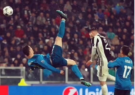 레알 마드리드 호날두가 4일 유벤투스와 경기에서 환상적인 바이시클킥으로 골을 터트리고 있다. [사진 호날두 인스타그램]