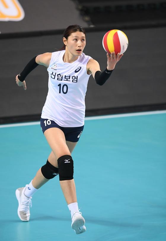 한국-태국 여자배구 올스타전에 출전한 김연경. [사진 KOVO]
