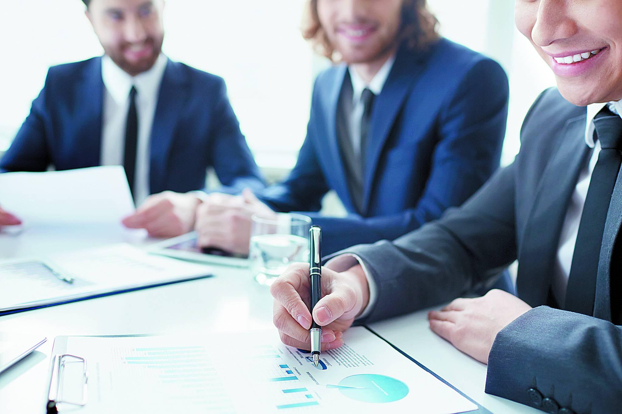 리더십 역량은 커뮤니케이션 능력, 인재육성 및 관리 능력, 인재를 끌고나가는 능력 등이 포함되어 있는 복합적인 능력이다.[사진 Freepik]