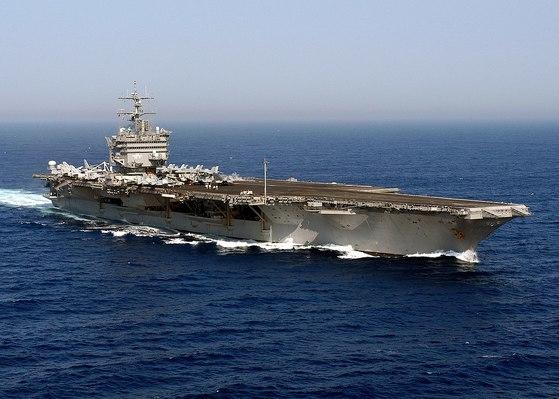 세계 최초의 핵추진 항공모함인 엔터프라이즈함(CVN 65). [사진 미 해군]