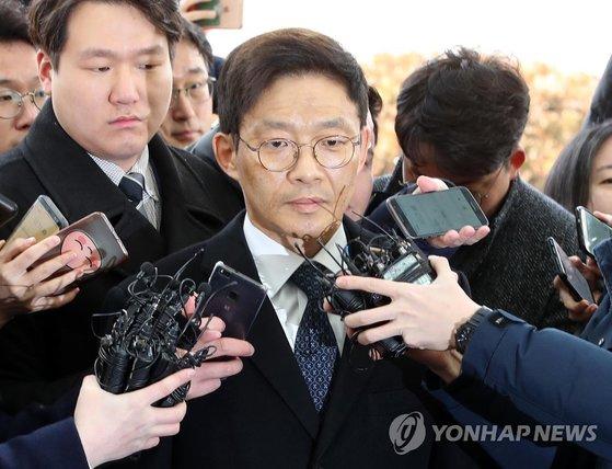 지난 2월 진상조사단에 출석한 안태근 전 법무부 검찰국장. [연합뉴스]
