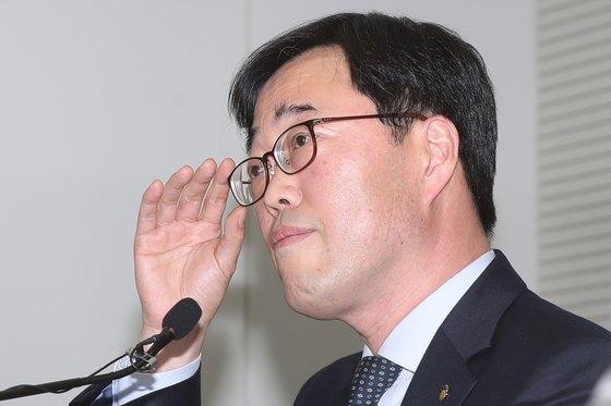 김기식 전 금감원장. [사진 뉴스1]