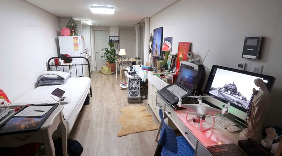 청년 창업가들이 드론 응용 플랫폼과 서비스 모델을 연구하는 원룸 내부. 변선구 기자