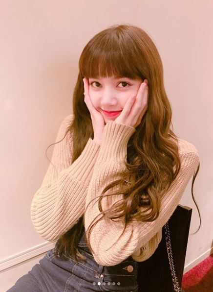 LISA. Photo from BLACKPINK Official Instagram.