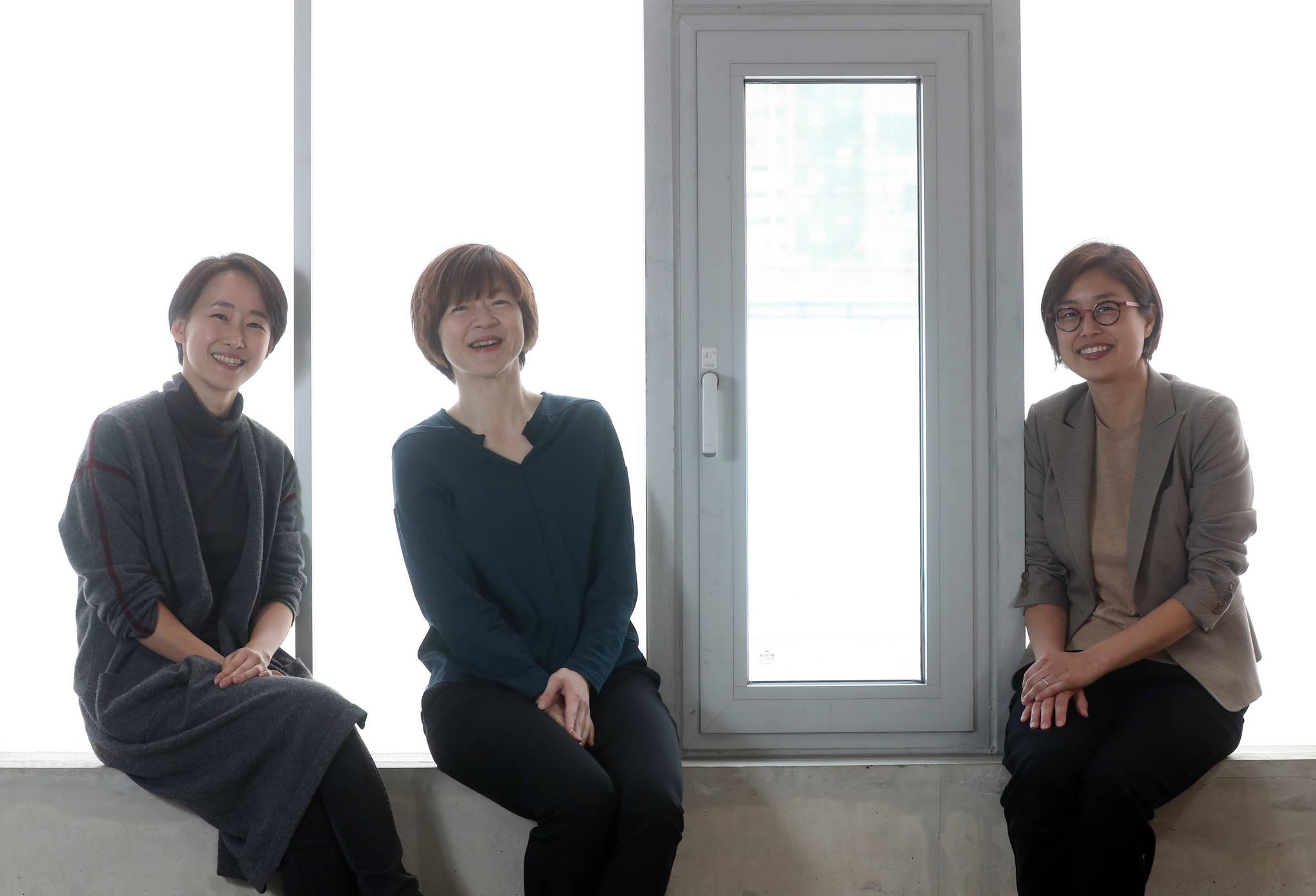 한국의 임팩트 투자를 이끄는 성수동의 여성 기업가 3인. (왼쪽부터)박소륜 HG이니셔티브 전략이사, 제현주 옐로우독 대표, 엄윤미 C프로그램 대표. 강정현 기자 .