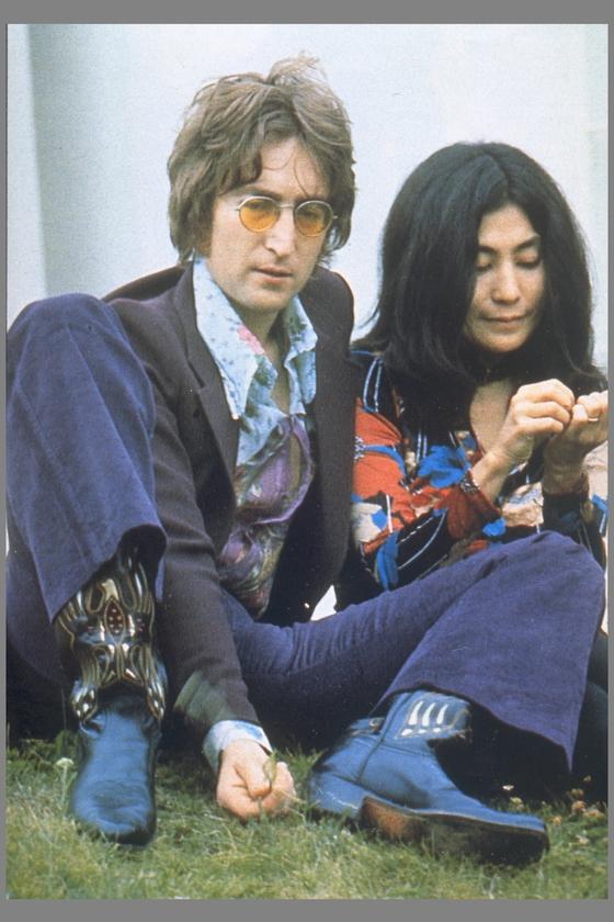 생전의 존 레논과 아내 오노 요코      [중앙포토]
