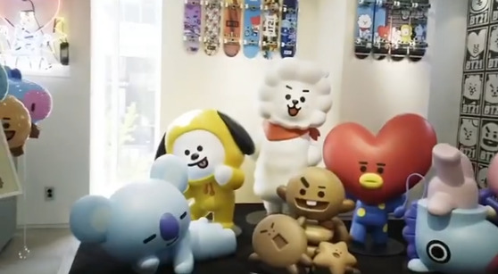 Hongdae branch of LINE FRIENDS store opened on April 28, Photo from LINE FRIENDS Official Instagram