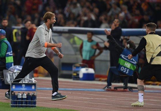 독일 출신 클롭 감독(왼쪽)이 리버풀의 유럽 챔피언스리그 결승 진출을 이끌었다. [사진 리버풀 트위터]