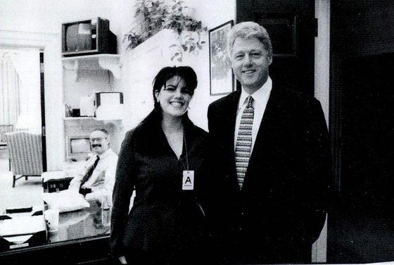 백악관 전 인턴 모니카 르윈스키와 빌 클린턴 전 대통령. [데일리메일 캡처]