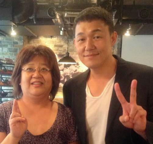 배우 박성웅(오른쪽)과 함께 한 남바 준코(難波順子).  [사진 남바 준코]
