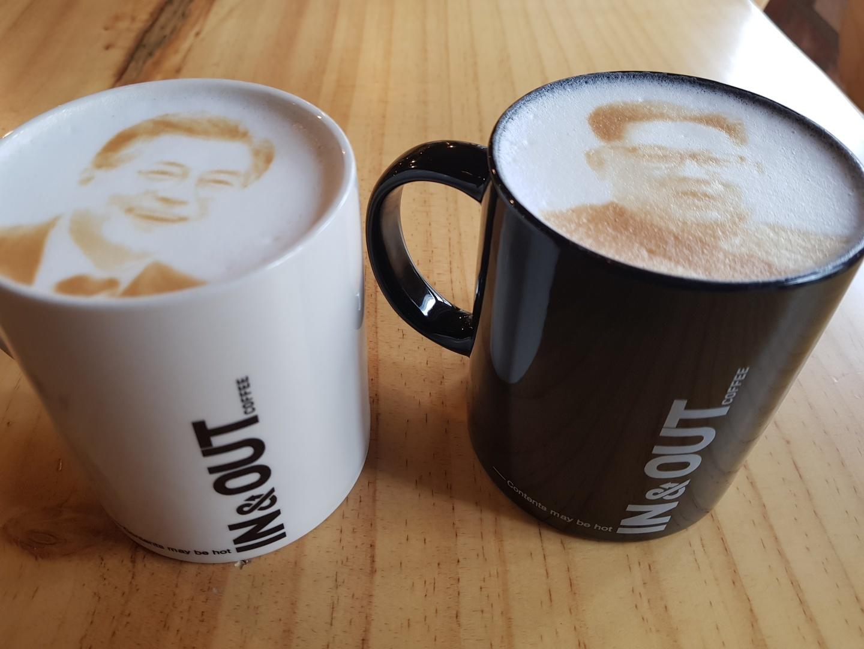 문재인 대통령과 김정은 국무위원장이 그려진 카페라테. [사진 '인앤아웃']