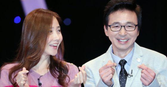 김국진과 강수지가 오는 23일 결혼한다. 두 사람은 예식은 생략하고, 가족끼리 식사하는 것으로 일정을 잡았다. [중앙포토]