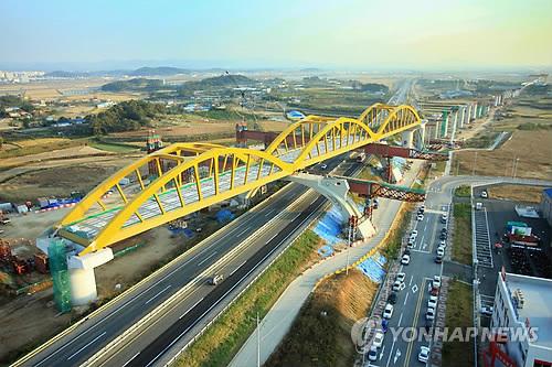 건설중인 호남고속철도 모습 [연합뉴스]