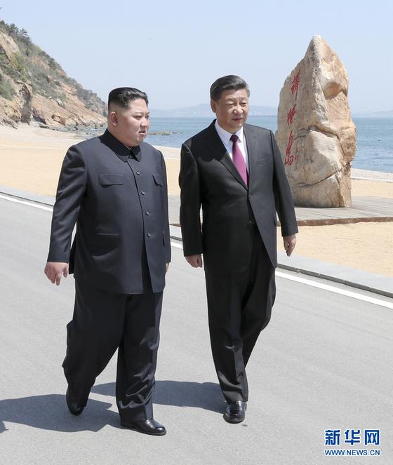 북한 김정은 국무위원장이 7일 중국을 방문해 시진핑 국가주석과 또 다시 회동했다. [신화통신=연합뉴스]