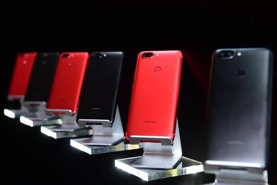 블록체인 스마트폰 Lenovo S5 [출처: it.sohu.com]