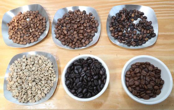 생두의 가공 방식에 따라 커피 맛은 달라진다. [중앙포토]