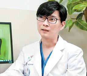 심승혁 교수