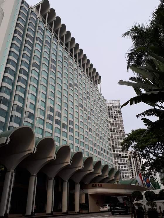 싱가포르에서 열릴 북·미 정상회담 후보지인 샹그릴라 호텔. [전수진 기자]