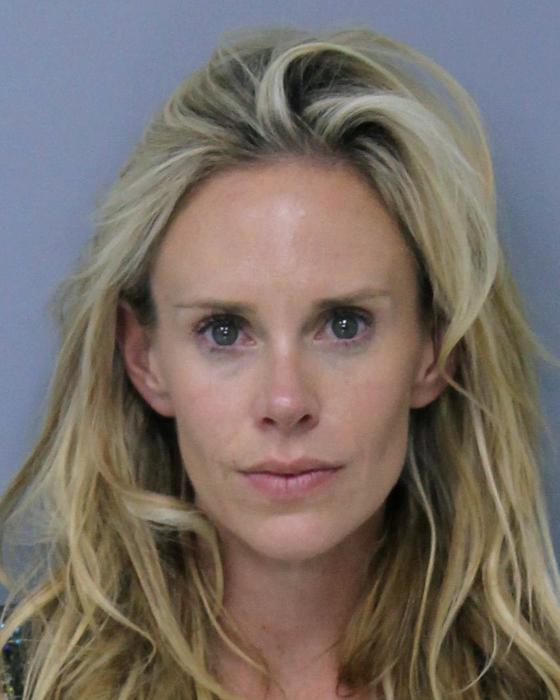 루카스 글로버의 부인 크리스타 글로버가 경찰에 체포돼 찍은 머그 사진. [세인트 존스 카운티 경찰]