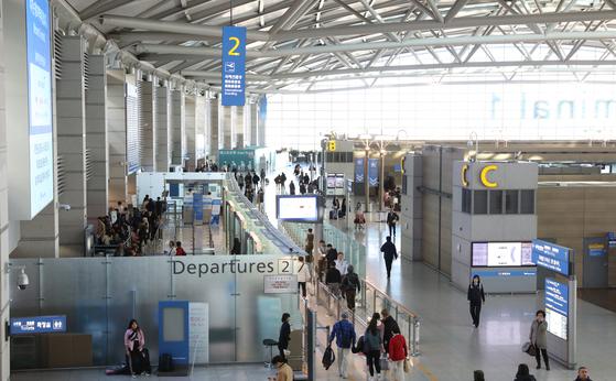 인천공항이 11만여개의 일자리를 알선하는 일자리 통합 플랫폼을 오는 9월 가동한다.[중앙포토]