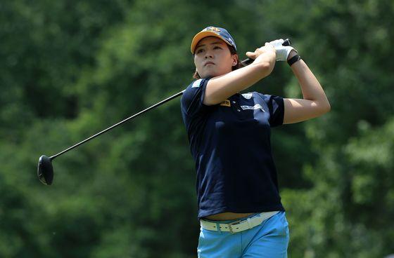 전인지가 21일 LPGA 투어 킹스밀 챔피언십 4번홀에서 티샷하고 있다. [AFP=연합뉴스]