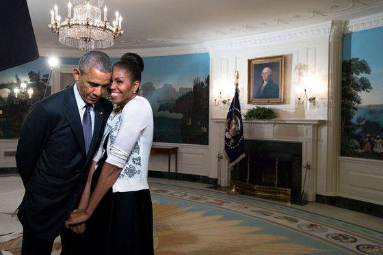 버락 오바마 미국 전 대통령(왼쪽)과 부인 미셸 오바마. [사진 오바마 트위터]