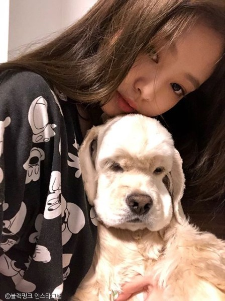Jennie and her dog Kai, photo from Instagram @blackpinkofficial