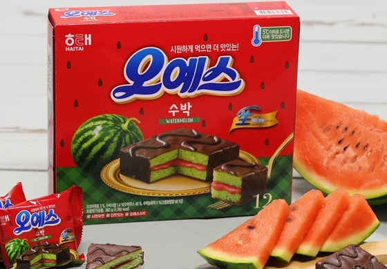 해태제과가 한정판매로 출시한 '오예스 수박'. [사진 해태제과]