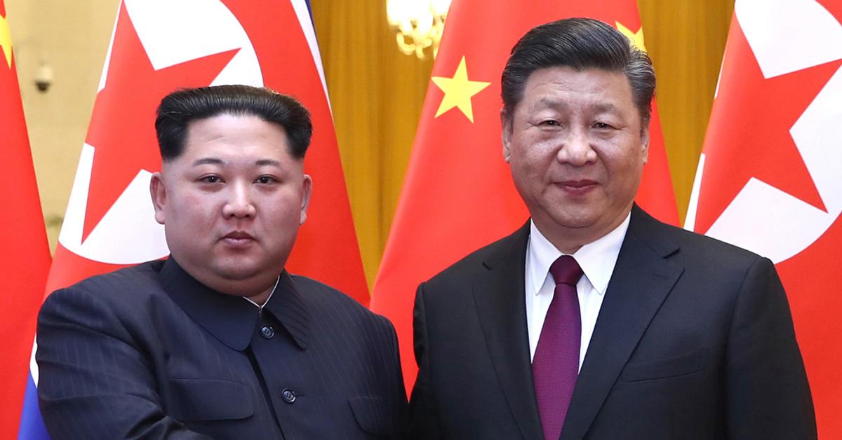 북한 김정은 노동당 위원장이 지난 3월 중국을 방문해 시진핑 국가주석과 회동했다. [AP=연합뉴스]
