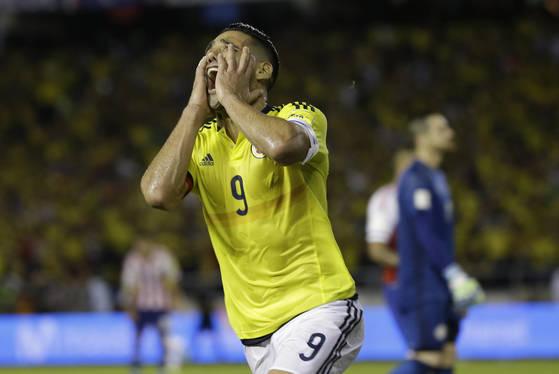 콜롬비아 공격수 팔카오가 세금 포탈 혐의로 스페인 법원으로부터 징역형을 선고받았다. [AP=연합뉴스]