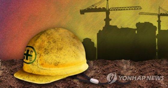 화성의 한 공사장 인근에서 조경 작업 중이던 60대 여성 노동자 3명이 굴착기에 치여 2명이 숨지고 1명이 다쳤다. [연합뉴스]
