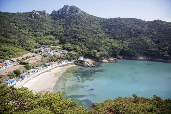 """""""쉴 섬, 맛 섬, 놀 섬""""… 여름휴가 아름다운 33개 섬으로 갈까요"""