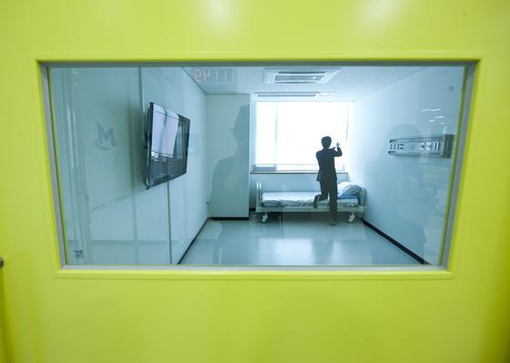 국립정신건강센터 입원실. 권혁재 사진전문기자
